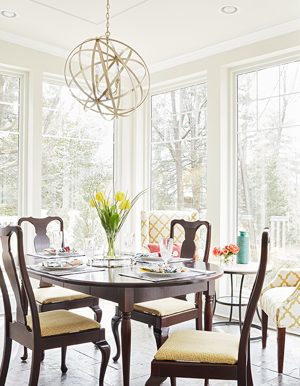 How to Style Your Dining Room Table for Mother's Day